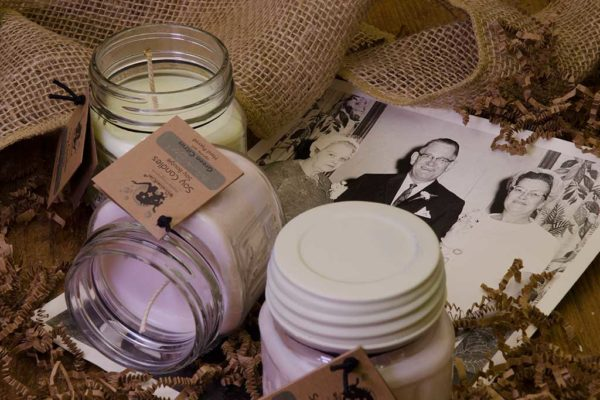 Blanche Papple Candle (Medium Jar)