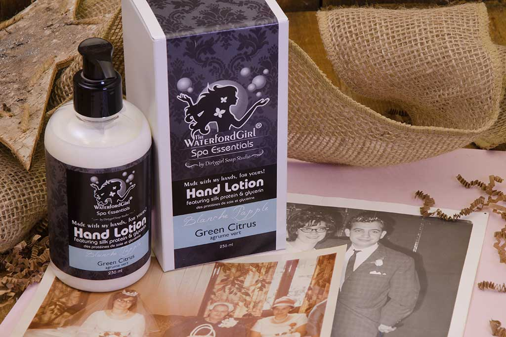 Blanche Papple - Hand Lotion